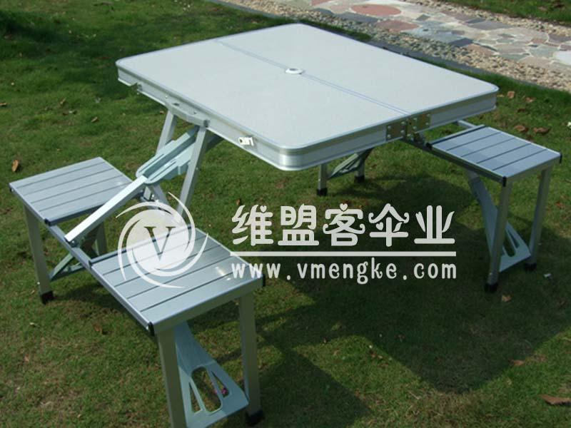 连体桌椅  折叠桌椅2