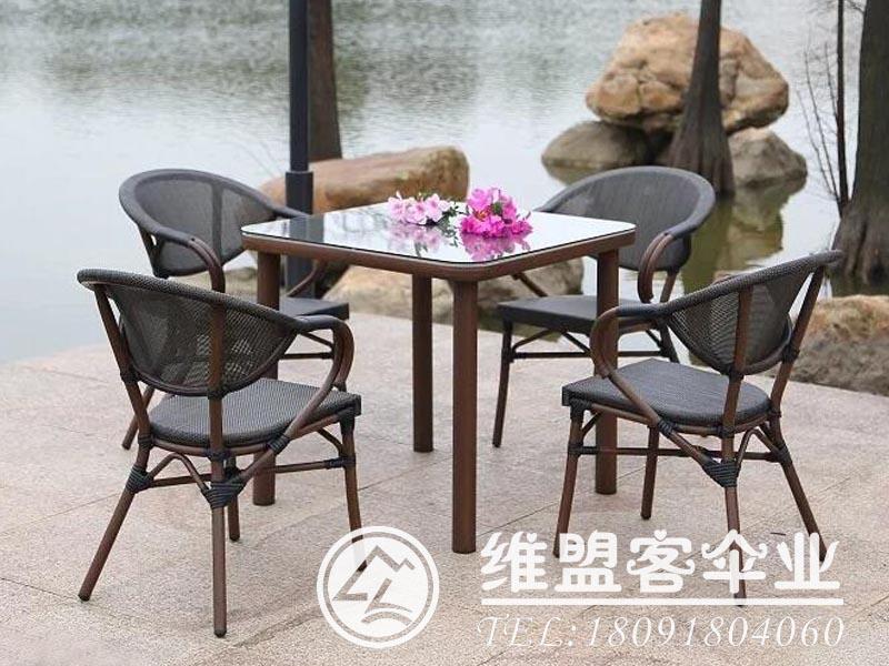 私家花园德赢vwinapp桌椅2